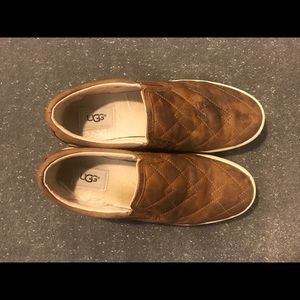 UGG Shoes - Women's Size 8 UGG Slip Ons Brown Leather